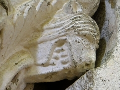 Eglise de Mazères - Français:   Castelnau-Rivière-Basse - Mazères - Église Saint-Jean-Baptiste - Intérieur - Chapiteau: détail d\'une tête d\'animal