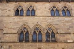 Maison du Grand Fauconnier - English: Maison du Grand Fauconnier. Cordes-sur-Ciel. Occitanie, Tarn. France. Gentleman's house (Maison du Grand Fauconnier). The façade. Gothic. Ref: PM_117960_F_Cordes_sur_Ciel. Photo: Paul M.R. Maeyaert. pmrmaeyaert@gmail.com. www.polmayer.com. © Paul M.R. Maeyaert; pmrmaeyaert@gmail.com
