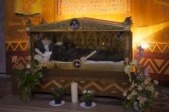 Eglise Saint-Pierre - English:   Église Saint-Pierre. Gaillac. Occitanie, Tarn. France. Church (Église Saint-Pierre). Interior. Sarcophagus of a nun. Ref: PM_117784_F_Gaillac. Photo: Paul M.R. Maeyaert. pmrmaeyaert@gmail.com. www.polmayer.com. © Paul M.R. Maeyaert; pmrmaeyaert@gmail.com