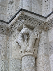 Eglise Saint-Michel - Deutsch: Kirche Saint-Michel in Lescure-d'Albigeois, Portal-Kapitell links innen