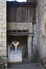 Eglise Saint-Jean-Baptiste - English:  The Dark Portal gives access to the church through its western portal.