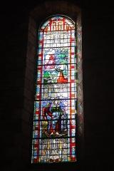 Eglise Saint-Jean-Baptiste - English:  The St. John the Baptist Church has the oldest stained glass of the Tarn-et-Garonne.