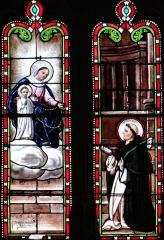 Eglise Saint-Jean-Baptiste - Français:   Eglise Saint-Jean-Baptiste - Chapelle latérale - Vitrail: don du Rosaire par la Vierge