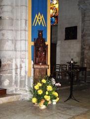 Eglise Notre-Dame - Bonneval (Eure-et-Loir, France), l'église: statue en bois de la Vierge à l'Enfant, Virgini pariturae.