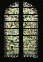 Eglise Saint-Valérien - English:   Stained glass in the right transept of Saint Valerian church of Châteaudun