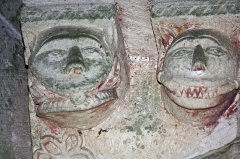 Eglise Saint-Laurent et Notre-Dame -  Bracket corbels shaped on grinning demons..