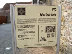Eglise Saint-Martin de Vicq -   Nohant-Vic (Indre, France) -  Panneau informatif présentant l\'église Saint-Martin de Vic.  .   .