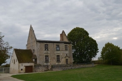 Ancien château - French Wikimedian, software engineer, science writer, sportswriter, correspondent and radio personality