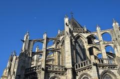 Cathédrale Saint-Gatien - Vue partielle du chevet de la cathédrale.