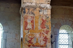 Eglise Saint-Genest - Lavardin (Loir-et-Cher)  Eglise Saint-Genest.  Fresque XIIIe. Crucifixion de Saint-Pierre et sa délivrance par l\'Ange.