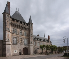 Domaine du château de Talcy -  Front of the Castle of Talcy, located in the county of Loir et Cher/France