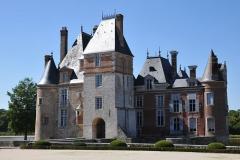 Château de la Bussière, actuellement musée de la Pêche - Deutsch: Schloss La Bussière, Nordost-Ansicht