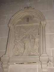 Eglise Saint-Etienne - Français:   Château-Renard - église St-Étienne - Chemin de croix - station 2