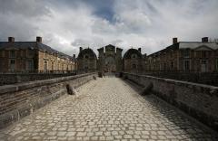 Château de la Ferté - This building is en partie classé, en partie inscrit au titre des Monuments Historiques. It is indexed in the Base Mérimée, a database of architectural heritage maintained by the French Ministry of Culture,under the reference PA00098776 .