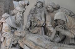 Eglise Saint-Martin - Deutsch: Katholische Pfarrkirche Saint-Martin in Malesherbes im Département Loiret (Centre-Val de Loire/Frankreich), Grablegungsgruppe aus dem 16. Jahrhundert