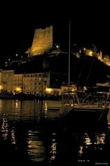 Citadelle - Italiano: Notturno della cittadella di Bonifacio vista dal porto