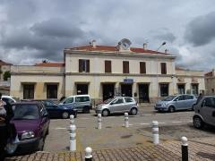 Viaduc sur le Vecchio ou pont Eiffel (également sur commune de Vivario) - English: Railway station Ajaccio, street side, Corsica, France