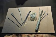 Evêché et ses dépendances - Instruments médicaux et ophtalmologiques, époque gallo-romaine. Musée d'Evreux.