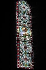 Ancien prieuré Saint-Michel des Anges - Deutsch: Ehemalige Prioratskirche Saint-Michel-des-Anges in Saint-Angel im Département Corrèze (Nouvelle-Aquitaine/Frankreich), Bleiglasfenster; Darstellung: Apostel Petrus