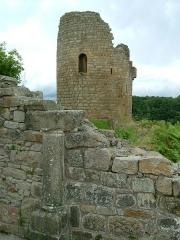 Château de Crozant - English: Crozant castle 14