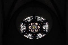 Eglise Saint-Etienne - Deutsch: Stiftskirche Saint-Étienne in Eymoutiers im Département Haute-Vienne (Nouvelle-Aquitaine/Frankreich), Bleiglasfenster, Rosette