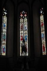 Eglise Saint-Etienne - Deutsch: Stiftskirche Saint-Étienne in Eymoutiers im Département Haute-Vienne (Nouvelle-Aquitaine/Frankreich), Bleiglasfenster im Chor aus dem 15. Jahrhundert