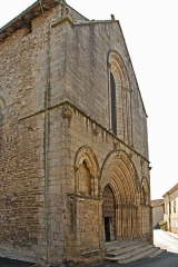 Église collégiale Saint-Léonard - Deutsch: Stiftskirche St.-Léonard-de-Noblat, Westfassade, von NW