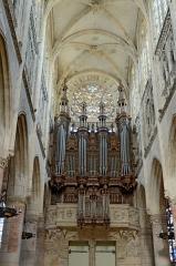 Eglise Notre-Dame - Français:   Église Notre-Dame de Caudebec-en-Caux, Seine Maritime, France