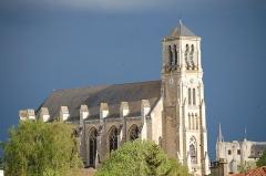 Château de Niort -  Église St-Etienne, à Niort (Deux-Sèvres)