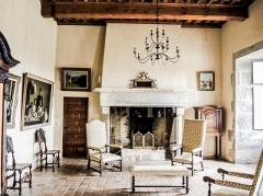 Château (ensemble du) - Français:   Salon de Béatrix de Cusance. Château de Belvoir. Doubs