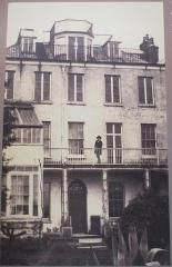 Maison natale de Victor Hugo - Victor Hugo à Hauteville House - Guernesey ( document de la maison natale de Victor Hugo de Besançon )