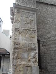 Porte Noire - Français:   Vue détaillée de la Porte Noire de Besançon: passage du piédroit Est.
