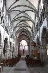 Eglise Saint-Anatoile - English: Salins-les-Bains, Jura, France