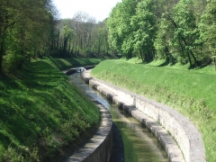 Canal souterrain de Saint-Albin (également sur commune d'Ovanches) -  Tunnel de St Albi côté Ovanches