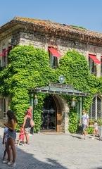 Cité de Carcassonne - English: