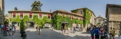Cité de Carcassonne - English: Place Auguste Pierre Pont in the historic fortified city of Carcassone, Aude, France