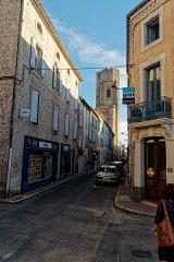 Eglise Saint-Vincent - English: Carcassonne - Rue Albert Tomey - View South towards Église St-Vincent