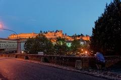 Pont-Vieux - English: Carcassonne - Pont Vieux - View SE on Gothic/Neogothic citadel