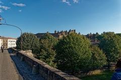 Pont-Vieux - English: Carcassonne - Rue du Pont Vieux - View ESE on La Cité / The Citadel