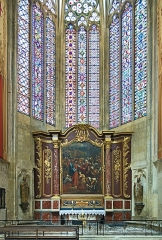 Eglise Saint-Just (ancienne cathédrale) - English:  St. Martin chapel in Cathedral Saint-Just-et-Saint-Pasteur of Narbonne. Relics of St. Martin left of the altar. In the center of the altarpiece a picture of Charles André van Loo