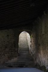 Ancienne abbaye Saint-Hilaire - Deutsch: Ehemalige Abtei Saint-Hilaire in Saint-Hilaire im Département Aude (Region Languedoc-Roussillon/Frankreich), Treppe vom Kreuzgang zum Vorratsspeicher