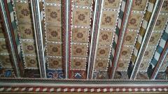 Ancienne abbaye Saint-Hilaire -  Plafond de la salle de l'abbé à l'abbaye de saint Hilaire dans l'Aude en France