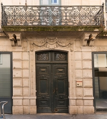 Hôtel de ville -  Facade of the mansion de Galepin, integrated at the Town Hall. (XVIIth century).