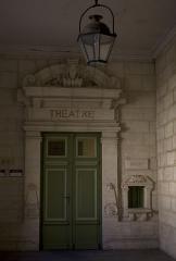 Hôtel de ville - English:   Entrance to the old Municipal Theatre.