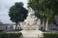 Fontaine des Licornes - English:  Fountain of unicorns, decorated with bas reliefs evoking the battle of Clostercamp.