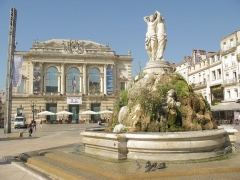 Fontaine des Trois Grâces - English: Theatre and fountain in the Place de la Comédie in Montpellier.