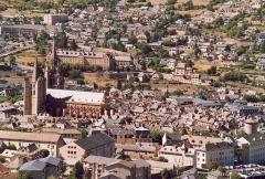 Cathédrale Notre-Dame et Saint-Privat -  France Lozère Mende  Photographie prise par GIRAUD Patrick Août 2005
