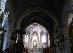 Eglise Notre-Dame - Français:   Quézac - Eglise Notre-Dame - Nef