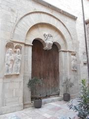 Eglise du Vieux-Saint-Jean - Català: Porta de Sant Joan el Vell
