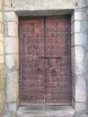 Eglise Saint-Juste-et-Sainte-Ruffine - Català: Porta de Santa Justa i Santa Rufina de Prats de Molló
